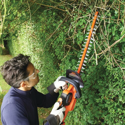 Black and Decker - 50cm 18V 20Ah lithiumion POWERCOMMAND Hedge Trimmer - GTC18502PC