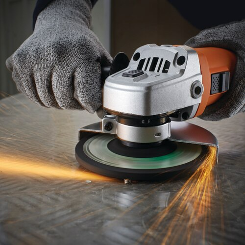 Black and Decker - 800w 125mm Small Angle Grinder - KG752