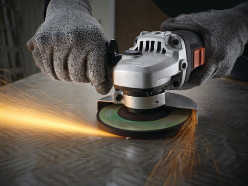 Black and Decker - 900w 115mm Small Angle Grinder  kit box - KG911K
